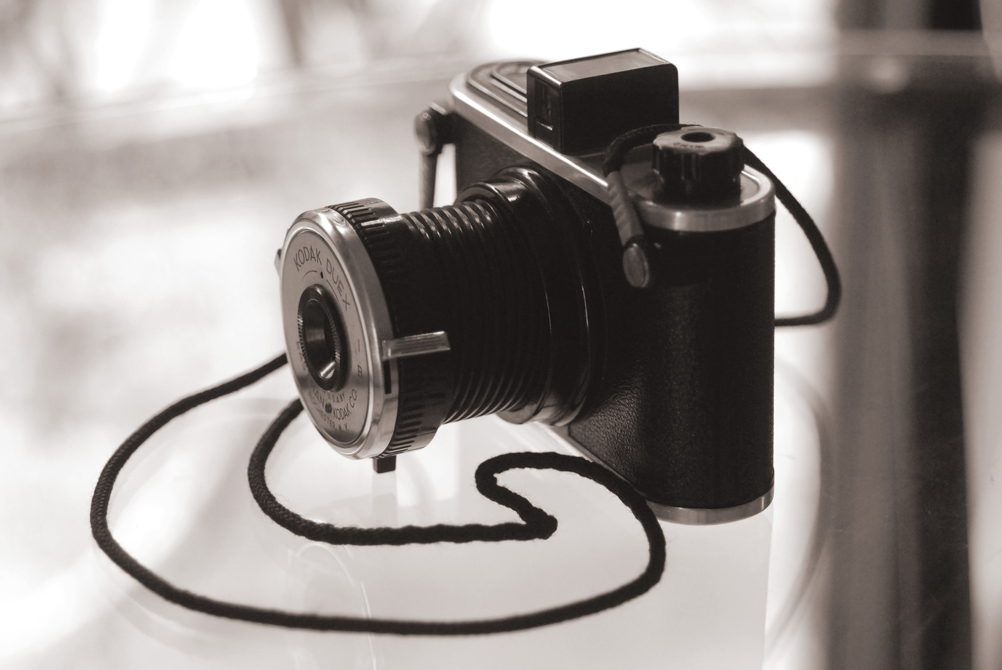 The Kodak Duex is a very unusal 620-format camera with a helical telescoping ...